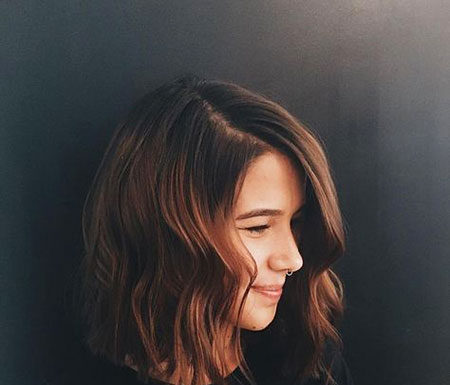 13 Short Brown Hairstyles for Women
