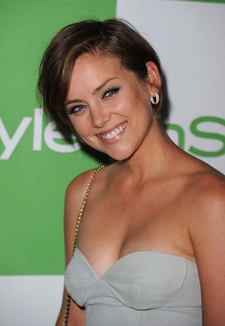 Jessica Stroup Hair, Short Hair Side Sleek