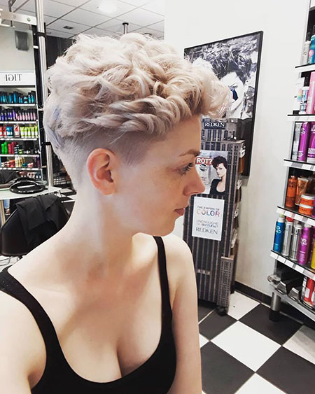 Pixie Hair Short Messy