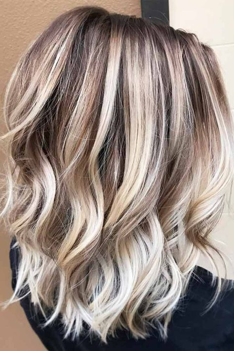 Best Platinum Blonde Hair Color Ideas (2)