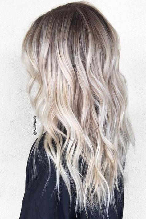Best Platinum Blonde Hair Color Ideas (7)
