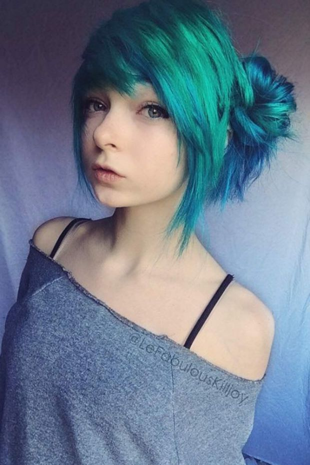 Super Bright Emo Hair Ideas (2)