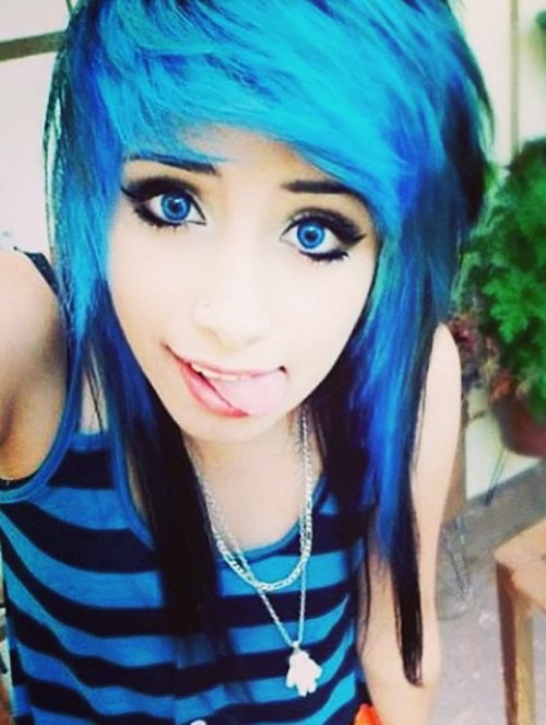 Top 50 Emo Hairstyles For Girls6
