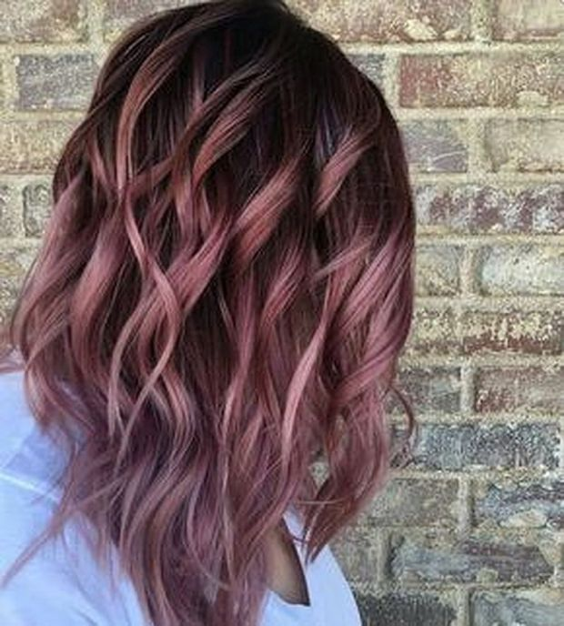 Pretty Chocolate Rose Gold Hair Color Ideas 4